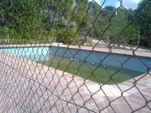 Ref 024-piscina