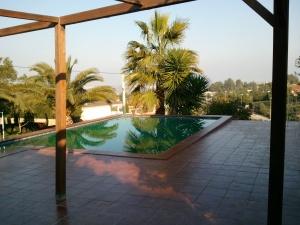 REF04-piscina