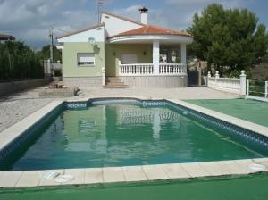 REF05-fachada piscina