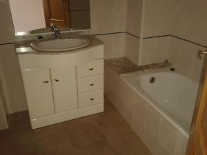 baño II ref 040
