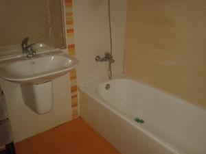 REF043-Baño 1
