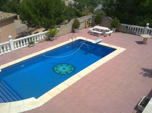 REF047-piscina