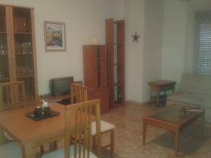 REF052-salon