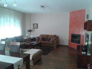 REF057-salon