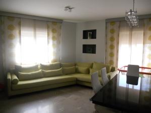 REF065-salon