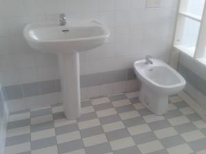 REF084-baño