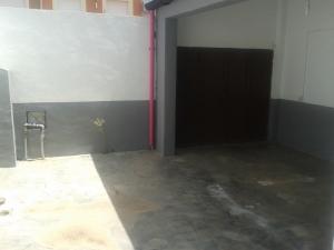 REF084-patio