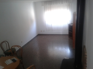 REF084-salon