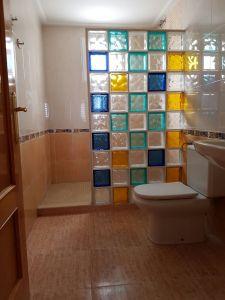 REF095-baño