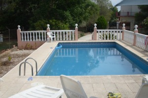 REF098-piscina