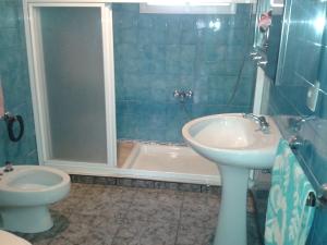 REF100-baño