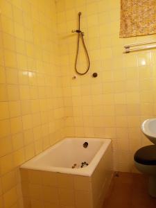 REF102-baño