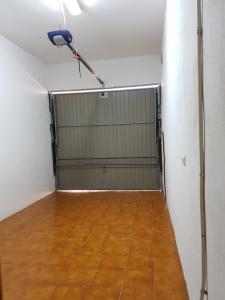 REF112-garaje